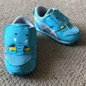 NWOT ASICS baby blue elephant sneakers sz 4